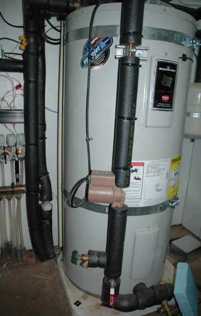 hydronic heating tank and pump